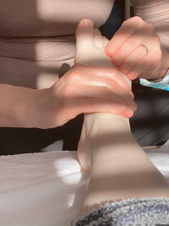 Photo de pied – Les pieds de Chelxie Onlyfans Leak n°3