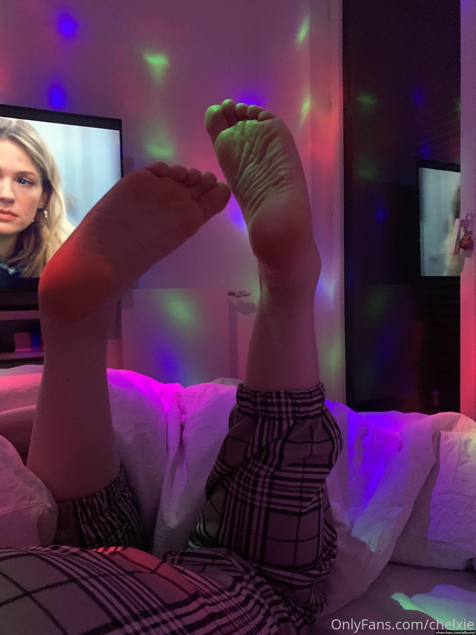 Photo de pied – Les pieds de Chelxie Onlyfans Leak n°15