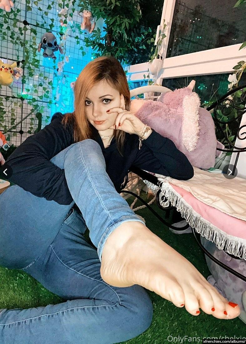 Photo de pied – Les pieds de Chelxie Onlyfans Leak n°35