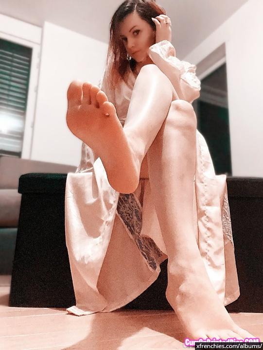 Photo de pied – Les pieds de Chelxie Onlyfans Leak n°18