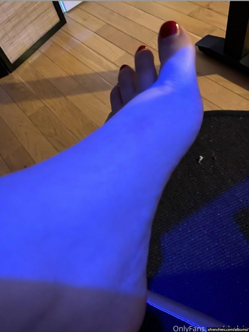 Photo de pied – Les pieds de Chelxie Onlyfans Leak n°24