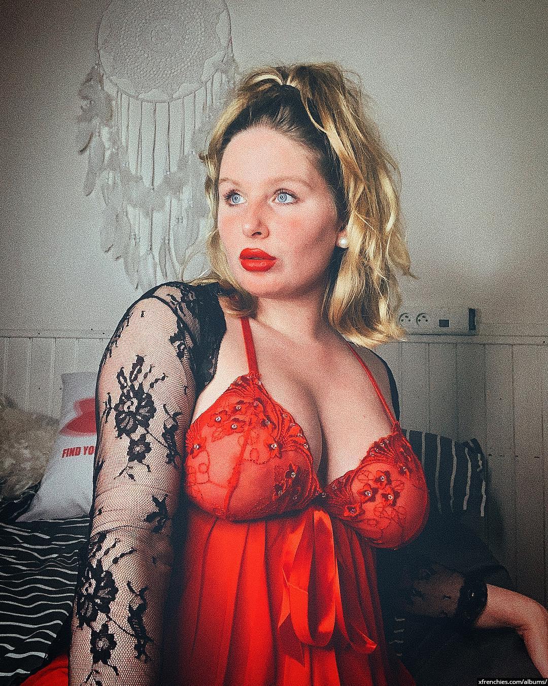 Pure Human Soul – Photos sexys en lingerie n°4