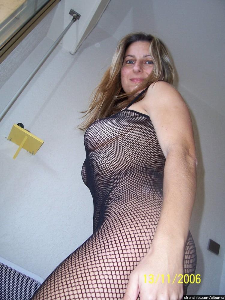Photos nues amateur de ma jolie jeune femme n°1