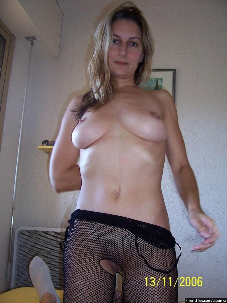 Photos nues amateur de ma jolie jeune femme n°8
