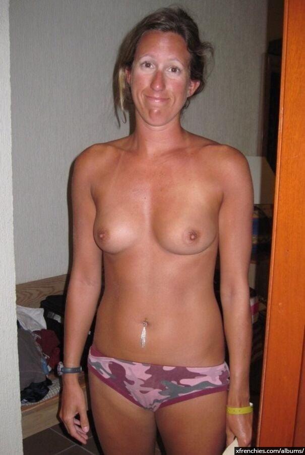 Photos privées secrètes de ma salope de femme n°26