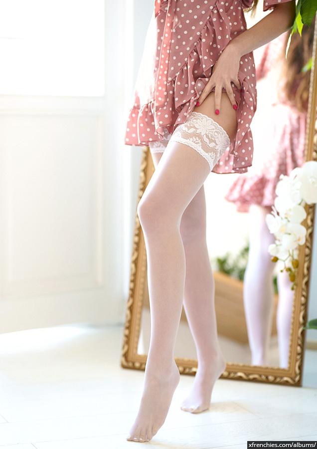 Stocking tube   Femme sexy en collant, photo de pied n°2