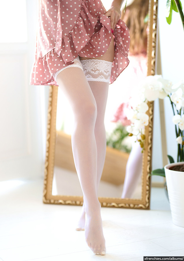 Stocking tube   Femme sexy en collant, photo de pied n°4